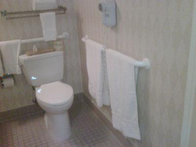 Hotel-bathroom-2